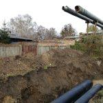 Niemożliwe stało się możliwe: zakopują paskudne rury na Targówku!