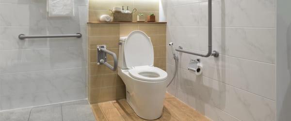salle de bain pmr norme et