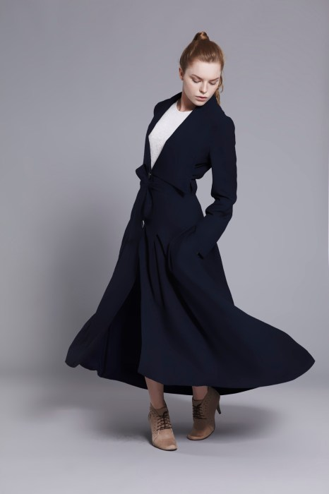 long-navy-coat-by-vyosna