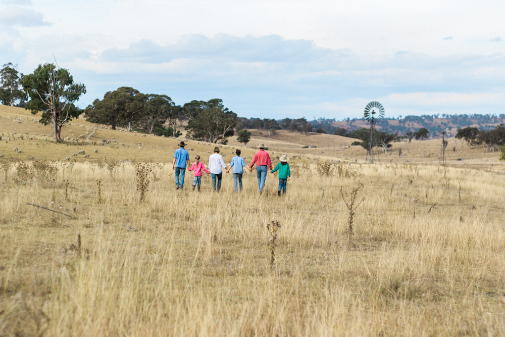 kealey family walking the paddock at Marinka