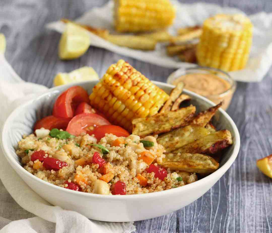 Simple Quinoa Salad Bowl