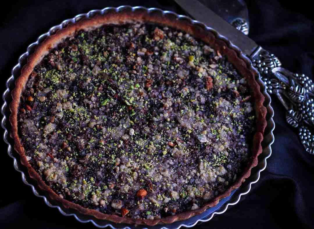 Glutenfree Mulberry Crumble Pie vegan fruits baking dessert fruit tart dairyfreeGlutenfree Mulberry Crumble Pie vegan fruits baking dessert fruit tart dairyfree