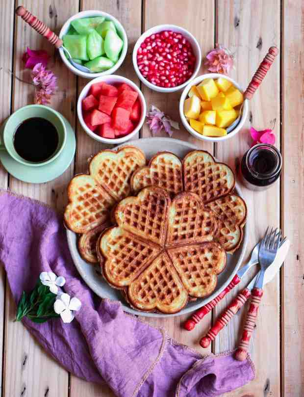 Eggless Classic Waffles ( Vegan) breakfast dairyfree healthy fruits easy recipe