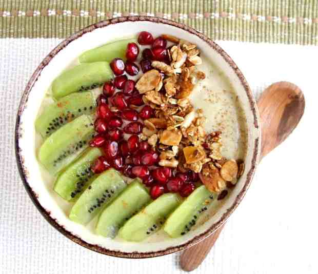Cashew Pumpkin Pie Smoothie Bowl