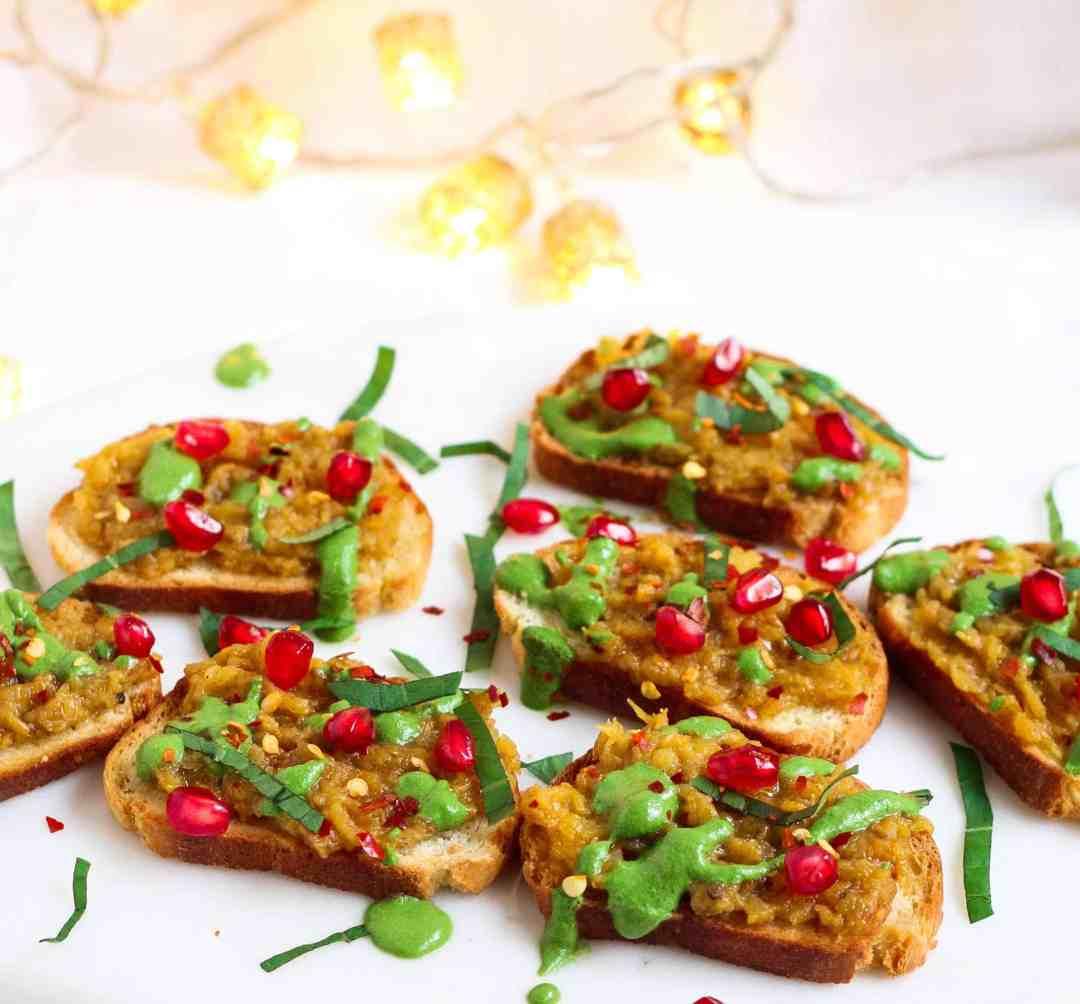 Walnut Rocket Pesto vegan, dairyfree, walnuts, arugula, vegetarian, healthy, glutenfree