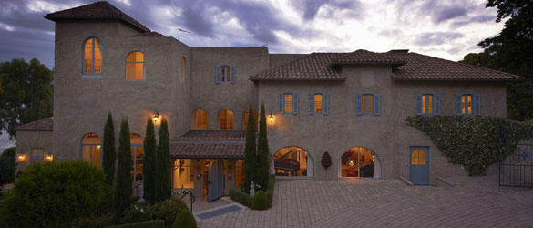 Luxury Hotels Tasmania - Villa Howden