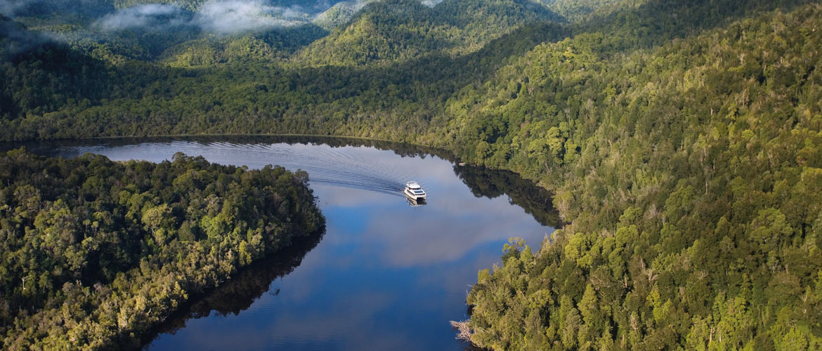 Cruising the Gordon River - Strahan