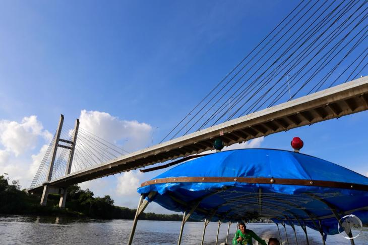 Built at a cost of US$50 million, the very grand Oiapoque bridge connects Brazil and French Guiana - the only land connection throughout the Guiana's.