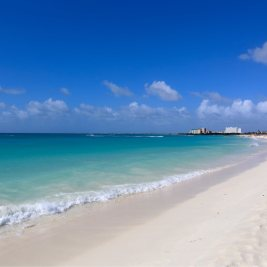 Aruba Travel Guide: Beach on Aruba