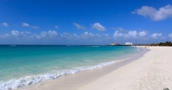 Aruba Travel Guide: Beach on Aruba