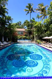 Bahamas Travel Guide: Hand-painted pool at the Graycliff hotel
