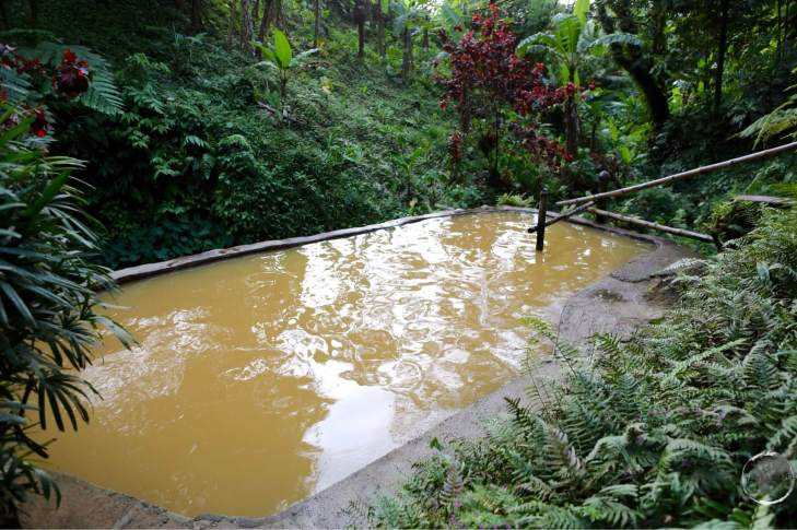 Ti Kwen Glo Cho hot spring.