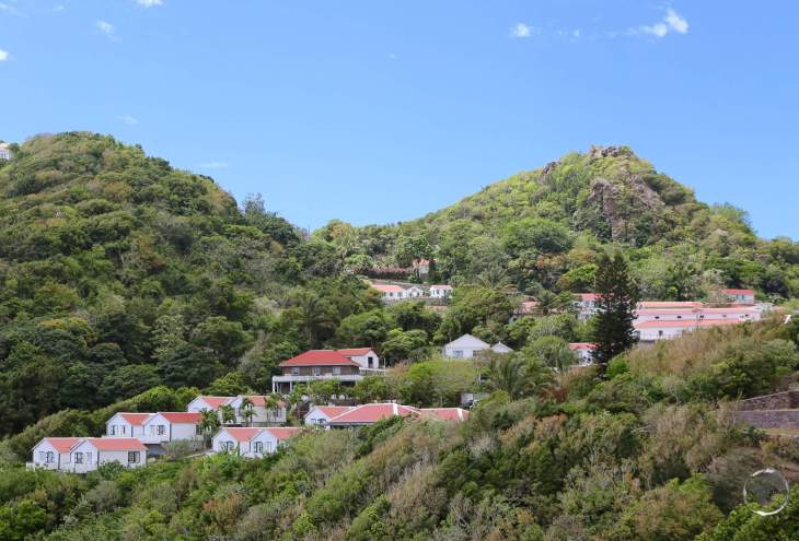 The town of Windwardside clings to the slopes of Mount Scenery.