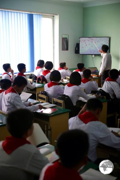 A maths lesson at the the <i>Kim Jong Suk Middle School Number 1</i> in Phyongsong.