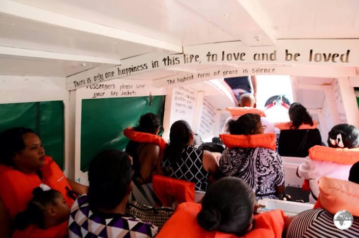 Boat to Wakenaam Island.