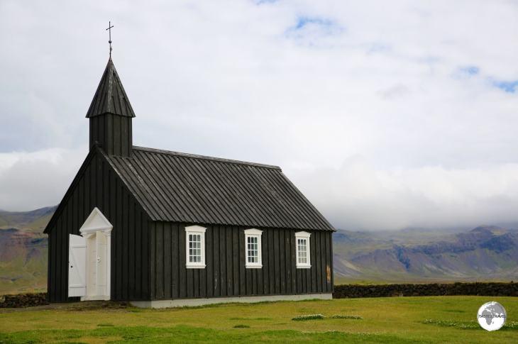 The black wooden Budarkirkja (church) at Budir.