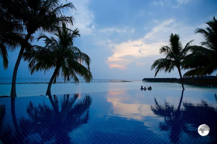 Sunset viewed from the <i>Sunset pool </i> at Vilamendhoo Island Resort and Spa.