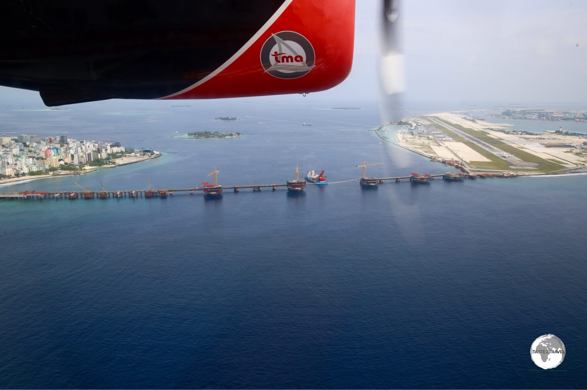 A view of the new Chinese constructed Airport-Malé bridge.