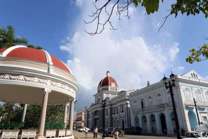 Parque JoséMartí in Cienfuegos.