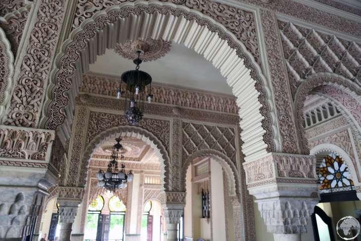 The ornate, Moorish-style interior of the Palacio de Valle.