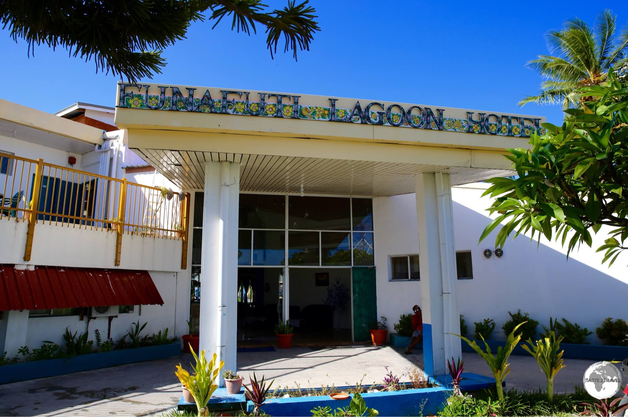 The only hotel on Tuvalu - the (maybe 2-star) Funafuti Lagoon hotel.