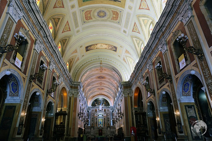 The imposing interior of Belém Cathedral.