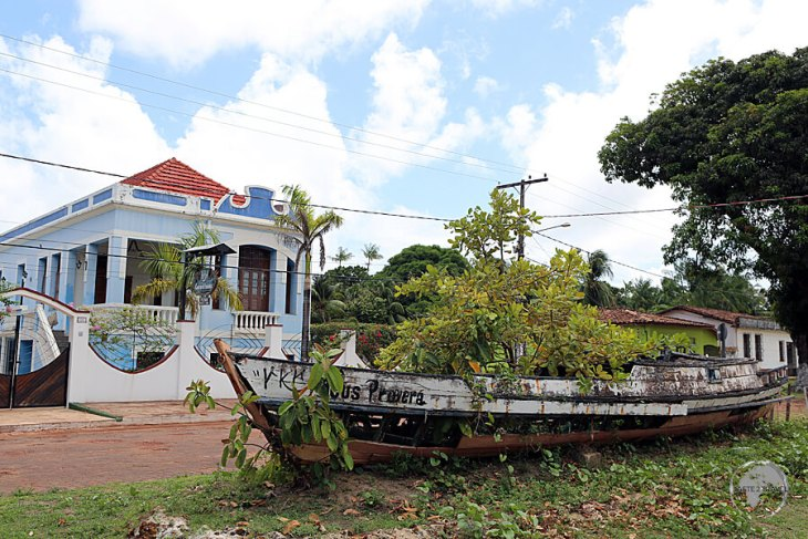 An old boat serves as a kurb-side garden outside the Casarão da Amazônia hotel in Soure.