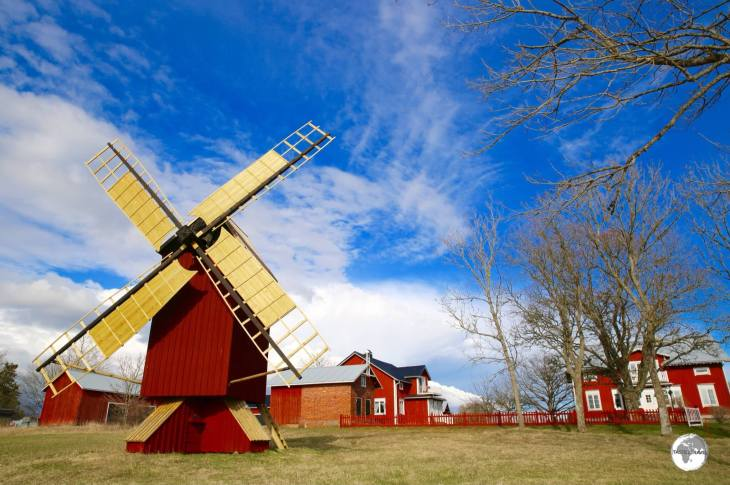 Almost all wooden buildings on the Åland Islands have been coated in 'Falu Red' paint.