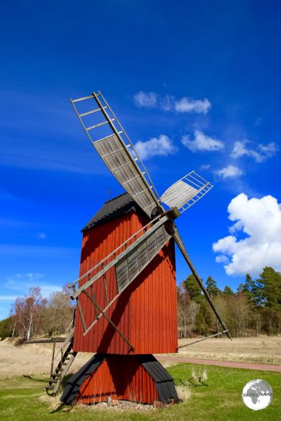 There are many windmills on the Åland Islands - all of them painted in 'Falu Red'.