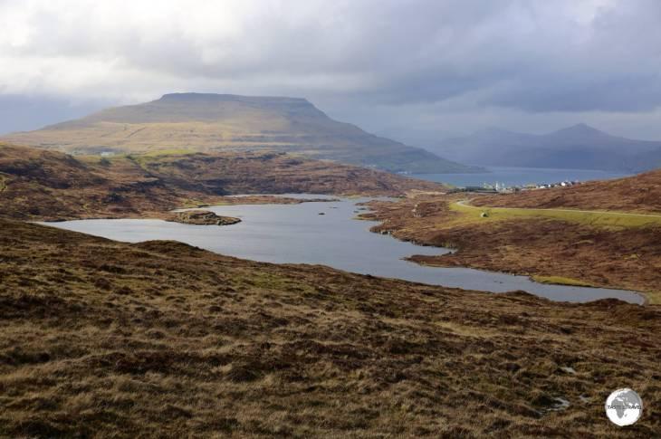 A view of Toftavatn (Lake Toftir) with Runavik in the background.