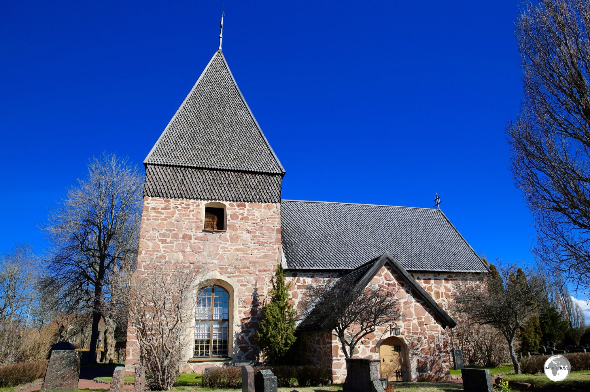 Eckerö church is dedicated to St. Lawrence.