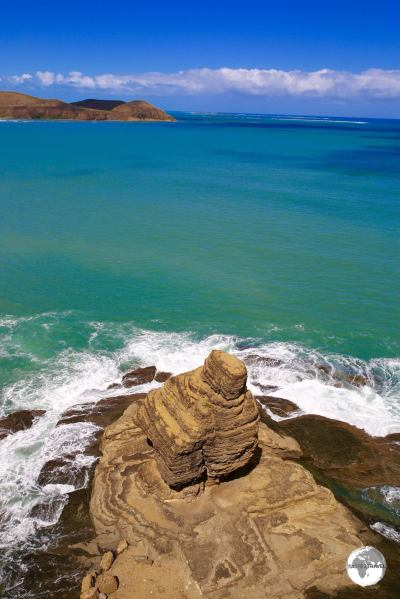 Adjacent to Turtle bay is 'Bonhomme', a large rock which looks like a gentleman wearing a hat (when viewed from sea).