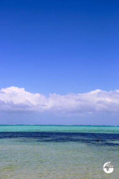 Offering 13 km of soft white sands fringing the lagoon, Poe beach is one of the most popular beaches in New Caledonia.