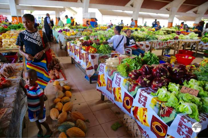 The bustling central market in Port Vila is open 24x7.