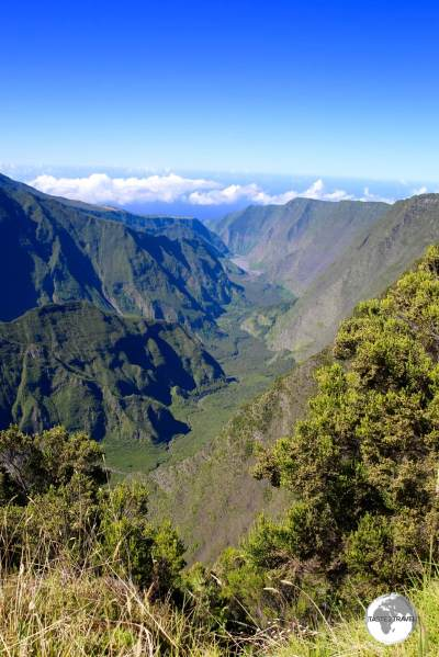 Another jaw-dropping view on the way to the Piton de la Fournaise - the Point de Vue Après Nez de Boeuf.