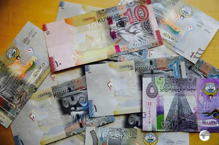 Colourful Kuwaiti Dinars.