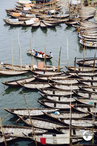 Wooden ferries on the Buriganga River provide inexpensive, cross-river travel.