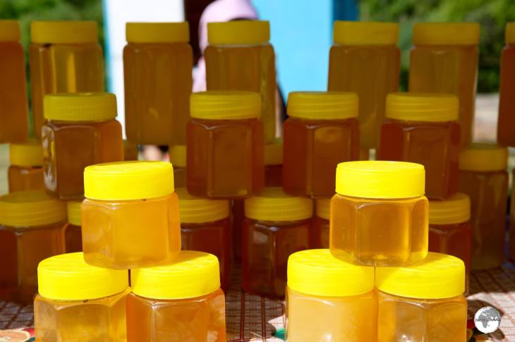 Straight from the hive and full of goodness, freshly bottled honey for sale at Jeti-Ögüz.