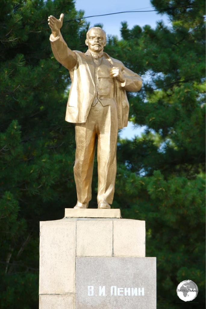 A very golden Lenin in Karakol.