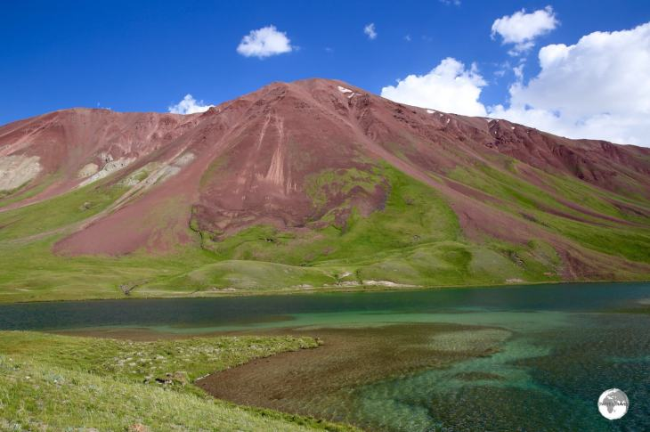 Located at 3,500 m (11,500 ft), the high-altitude Tulpar-Kul mountain lake is located in Chon-Alay mountain range, near to the border of Tajikistan.
