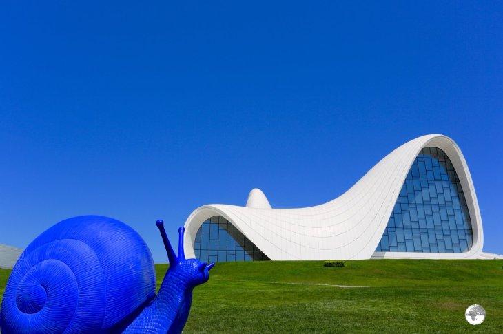 Azerbaijan Travel Guide: Funky artwork and the amazing Zaha Hadid-designed Heydar Aliyev Centre in Baku.