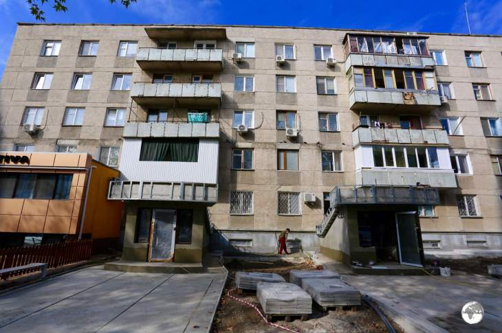 Most residents of Tiraspol still live in drab, Soviet-era apartments, some of which are undergoing cosmetic renovation.
