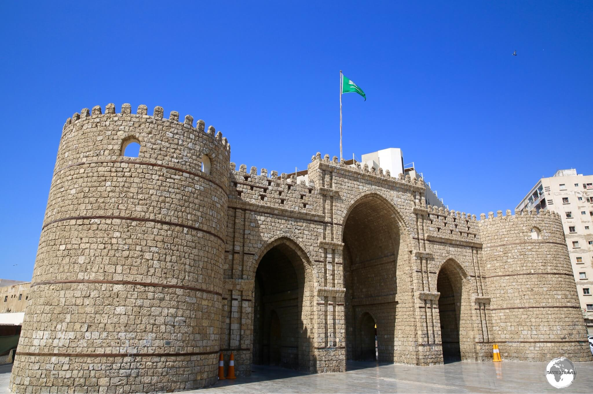 One of the gates of Al-Balad, Bab Makkah (Mecca gate) marks the start of the road to the holy city of Mecca.