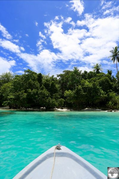 The turquoise waters of Pig island provided the ideal location for our surface interval between dives.