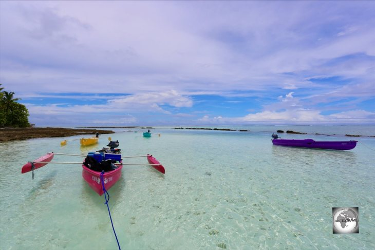 A motorised canoe trip to the southern islands provides an opportunity to snorkel in the clear waters of the lagoon.