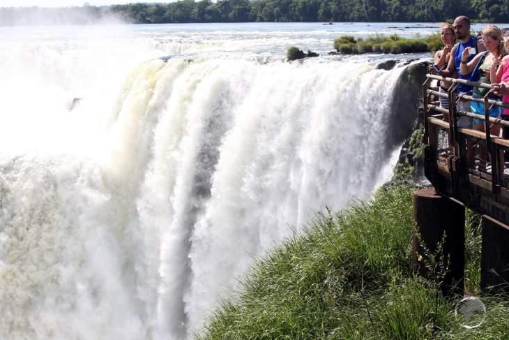 Visitors on the Argentine side of Iguazú Falls.