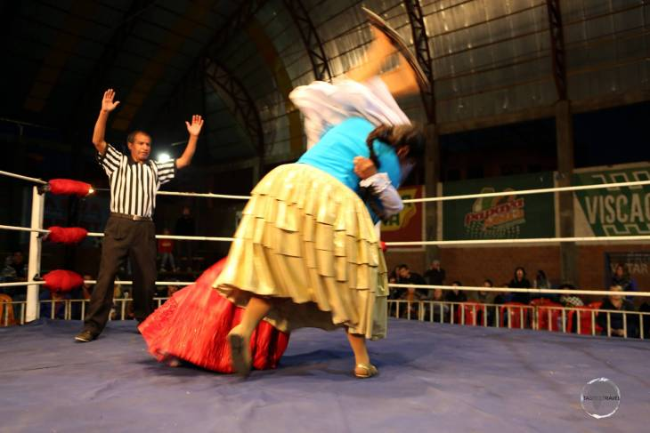 Although wrestling has been popular in Bolivia since the '50s, it wasn't until the mid-2000s that women began to get involved.