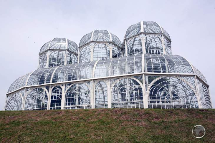 The iconic greenhouse at the Botanical Garden of Curitiba was inspired by the Crystal Palace in London.