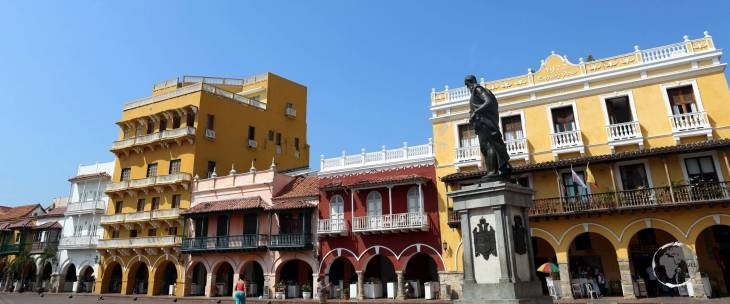 A view of Plaza de los Coches, which lies in the heart of Cartagena old town, with a statue of the city's founder, Pedro de Heredia.