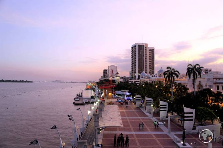 A highlight of Guayaquil, 'Malecón 2000' is lined with important monuments, gardens, amusements and historic buildings.